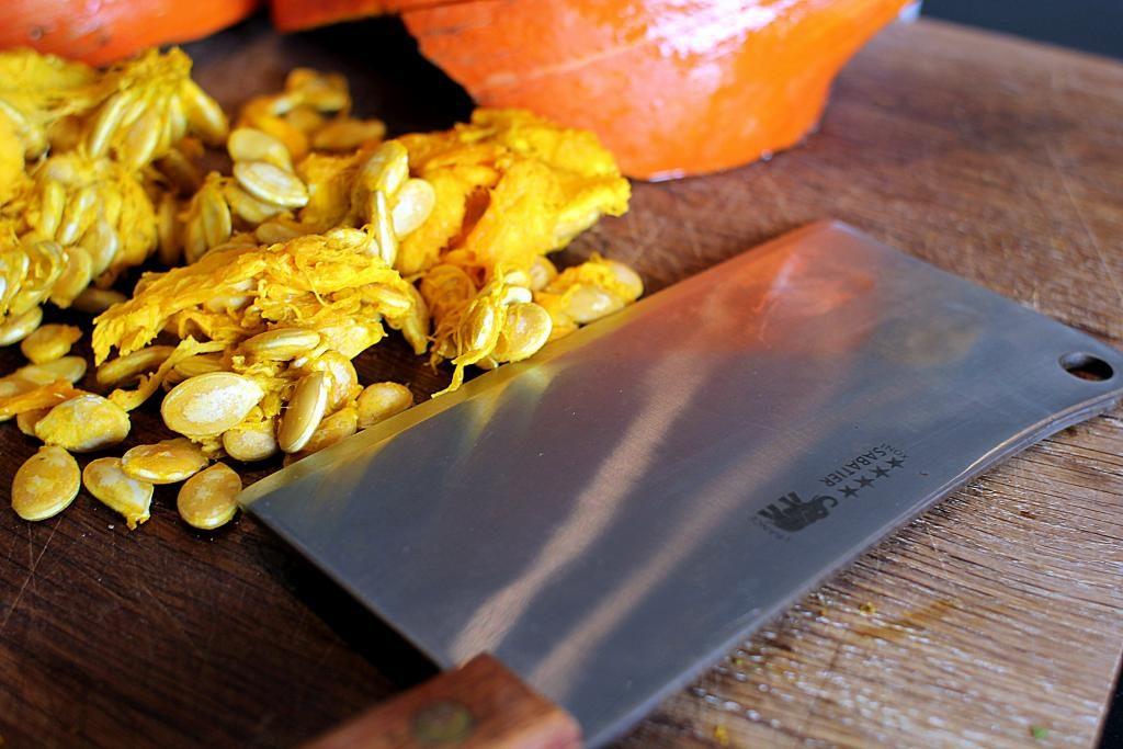 Verdens bedste opskrift på græskarsuppe på hokkaido med chili og kokosmælk