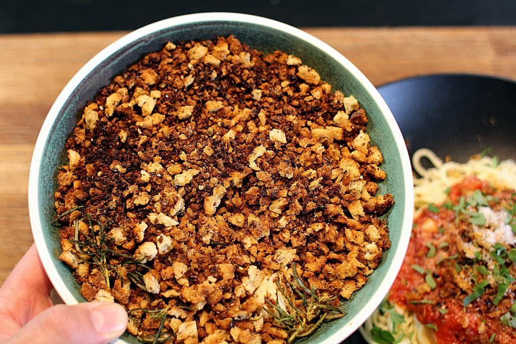 Crumble - Pift din pasta med tomatsauce op på 10 sekunder...