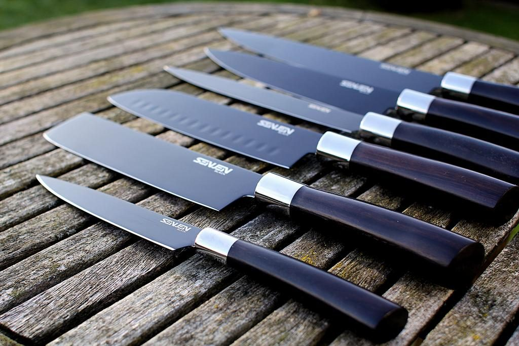 Monopolet tester: Senjen Black Knive fra H.W. Larsen...