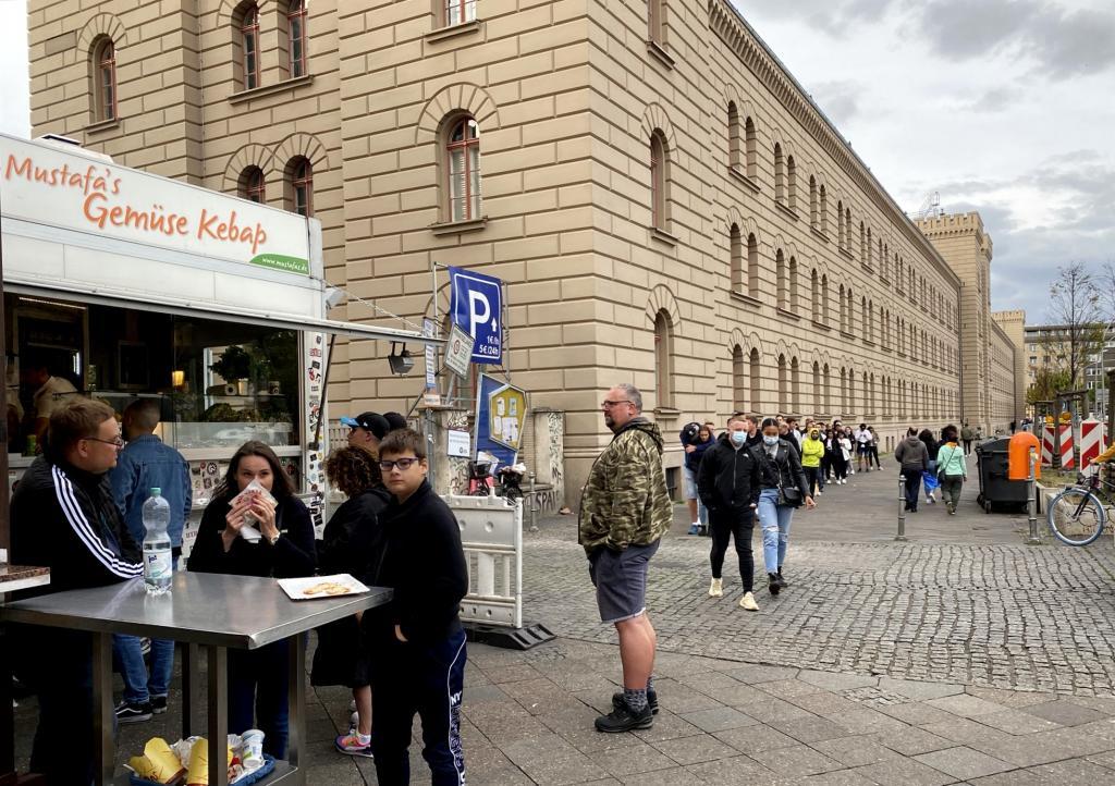 """Rejsetip til Berlin: Besøg """"Mustafas Gemüse-Kebab"""""""
