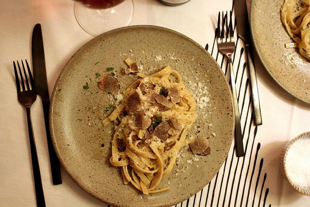 Pasta med salviesmør, parmesan og vintertrøffel