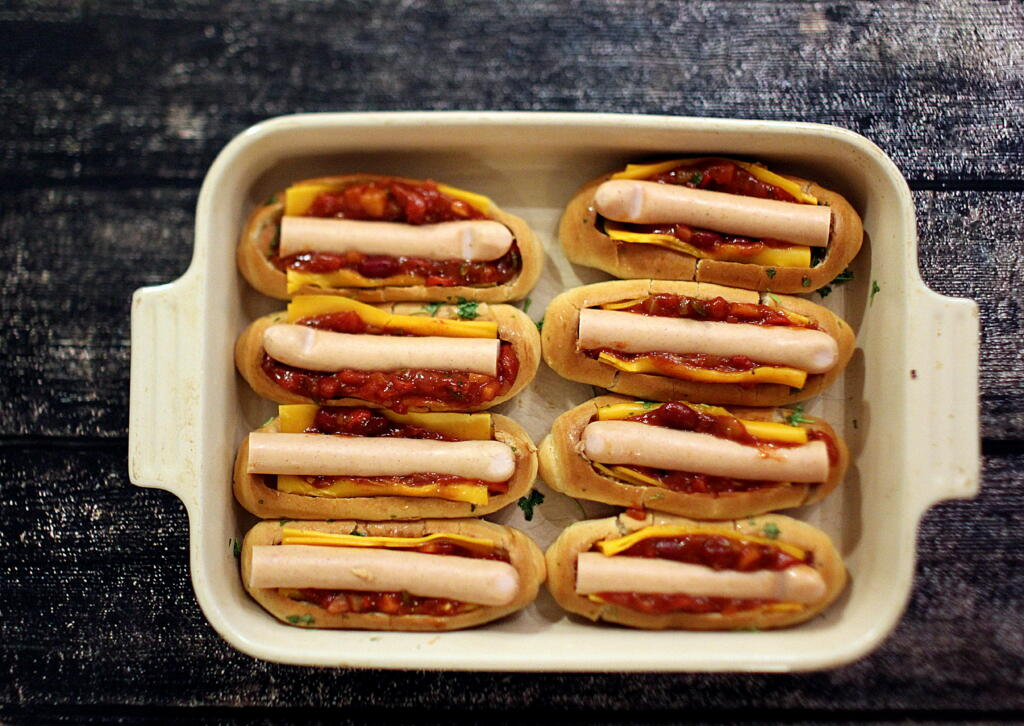 Super Bowl Menu: Chili-Cheese Dogs
