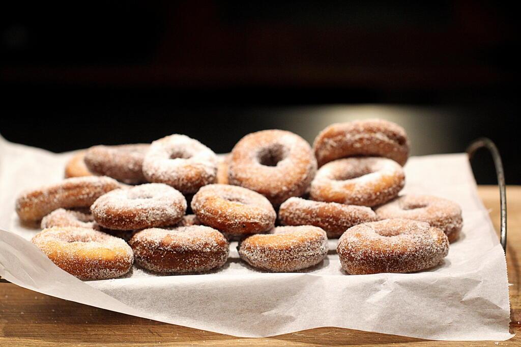 Opskrift på donuts med sukker